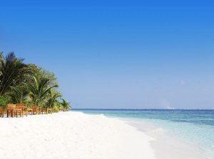 Aan het strand op de Malediven